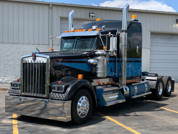 Used 2013 Kenworth W900 L SLEEPER AeroCab Sleeper Cab - Cummins ISX for sale Call for price at Midwest Truck Group in Carol Stream IL