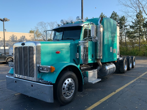 Used 2009 Peterbilt 388 Tri-Axle Sleeper - CAT C15 ACERT - AUTOMATIC for sale $39,800 at Midwest Truck Group in Carol Stream IL