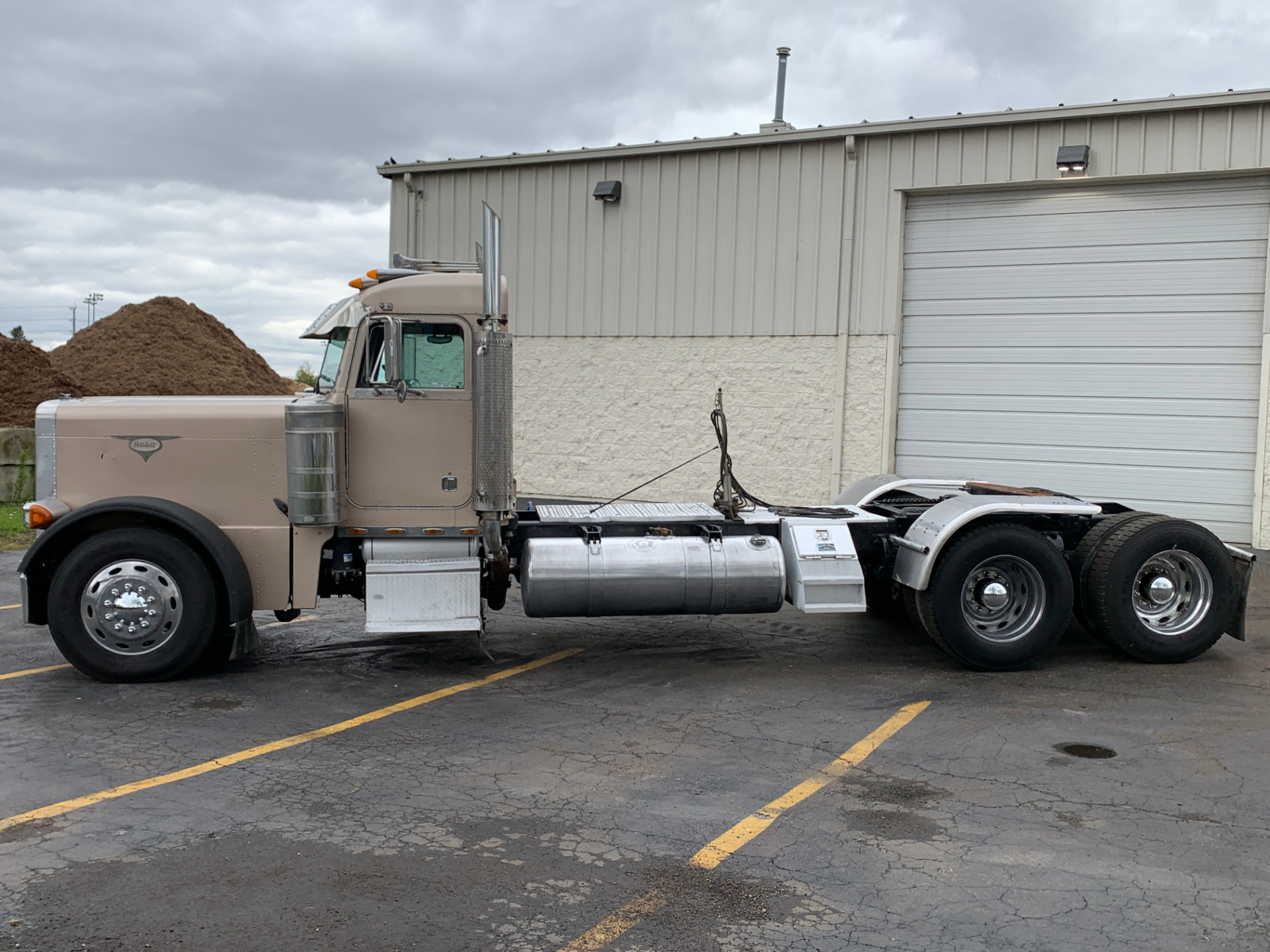 Used 2000 Peterbilt 379 Ultracab Day Cab Cat C15 6nz 475 Hp For Sale Sold Midwest Truck Group Stock 16908