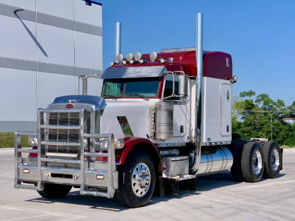 Used 2011 Peterbilt 388 Sleeper - Cat C15 - 18 Speed - 46K Rears - NICE! for sale Call for price at Midwest Truck Group in Carol Stream IL