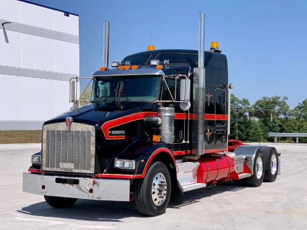 Used 2013 Kenworth T800 Sleeper Cab - Cummins ISX - 10 Speed for sale $39,800 at Midwest Truck Group in Carol Stream IL