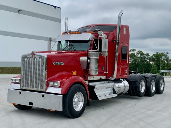 Used 2010 Kenworth W900 Tri-Axle Sleeper - ISX 525hp - 18 Speed - RECENT OVERHAUL! for sale $59,700 at Midwest Truck Group in Carol Stream IL