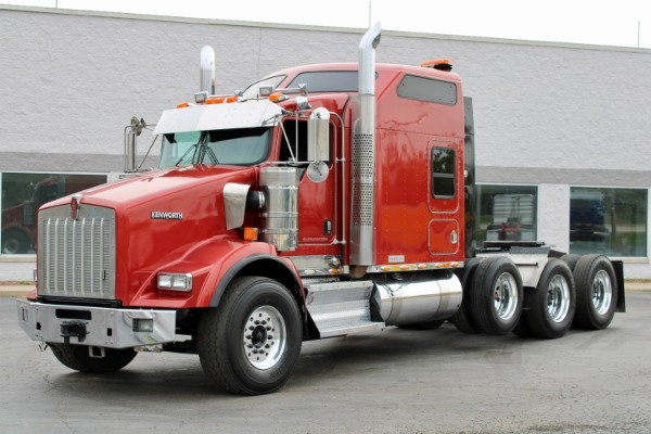 Used 2009 Kenworth T800 Sleeper Tri-Axle Heavy Haul - Cummins ISX 550hp- EXTENSIVE SERVICE! for sale $69,800 at Midwest Truck Group in Carol Stream IL