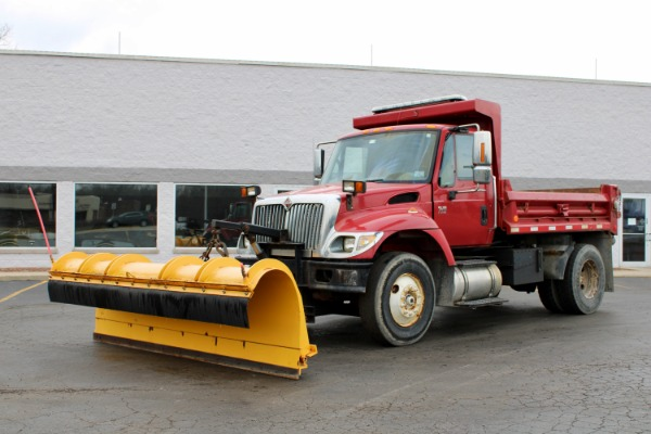 Used 2003 International 4300 Dump Truck with Snow Plow for sale $35,800 at Midwest Truck Group in West Chicago IL