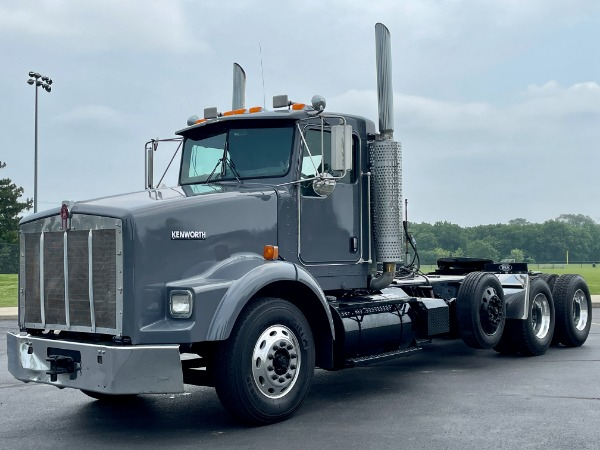 Used 2004 Kenworth T800 Day Cab Tri-Axle-CAT C15 475 HP-10 Speed Manual for sale $57,800 at Midwest Truck Group in West Chicago IL