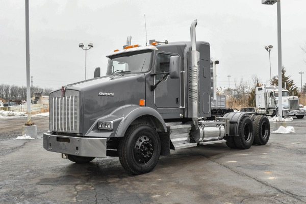 Used 2007 Kenworth T800 Sleeper - Cat C13 ACERT - 10 Speed Manual for sale Call for price at Midwest Truck Group in West Chicago IL
