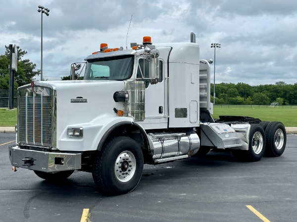 Used 2007 Kenworth T800 Sleeper - CAT C15 - 625 HP - 18 Speed Manual for sale $68,800 at Midwest Truck Group in West Chicago IL