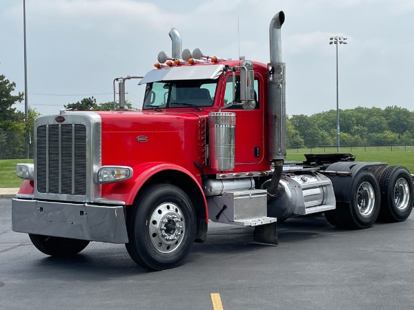 Used 2009 Peterbilt 389 Day Cab - Cummins ISX - 485 Horsepower - 18 Speed Manual for sale $47,800 at Midwest Truck Group in West Chicago IL