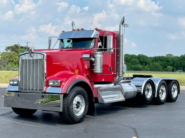 Used 2014 Kenworth W900 Quad Axle Day Cab - CUMMINS ISX-550 Horsepower-13 Speed Manual-Wet Kit for sale $76,800 at Midwest Truck Group in West Chicago IL